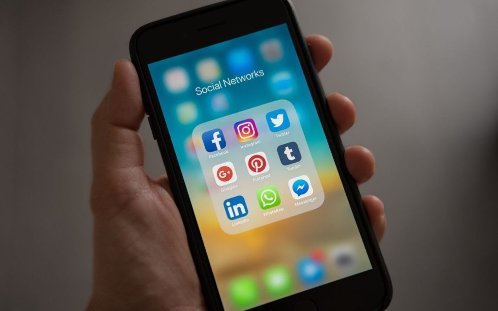 social media to find audience - Outsourced Marketing